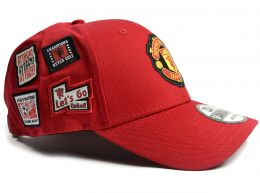 Man UTD New Era 9Forty Crest Side Patch Red