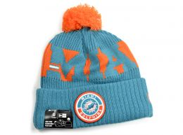New Era Miami Dolphins On Field NFL Knitted Bobble Hat